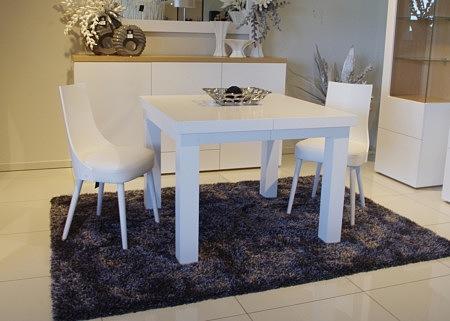krzeslo białe