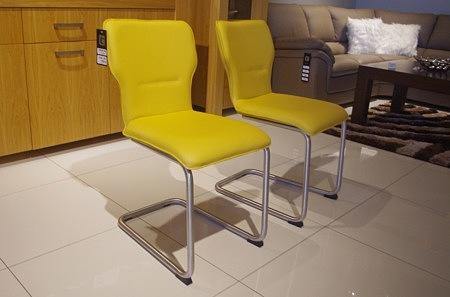 krzesla zolte 2