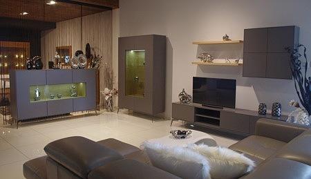 Ekskluzywne meble na wymiar do salonu i jadalni lakierowane