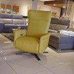 fotel zółty z relaxem