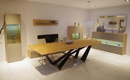 New York - meble nowoczesne do salonu, meblościanka beżowa matowa lakierowana z korpusami z dębu naturalnego