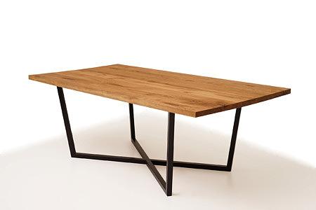 A11 duży stół metalowy z blatem z litego drewna dębowego