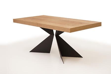 A2 stół z czarnymi metalowymi nogami z grubej blachy stalowej