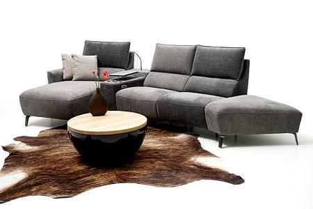 Avia2 jasno i ciemno szara sofa z otomaną aranżacja inspiracja