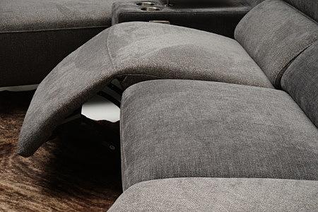 Aviva2 funkcja relax elektryczny w nowoczesnym narożniku