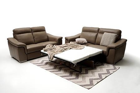 Bolero elegancka brązowa sofa skórzana z funkcją spania okazjonalnego