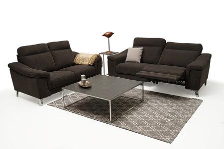 Bolero2 aranżacja przykład salonu z eleganckimi sofami z funkcją relax