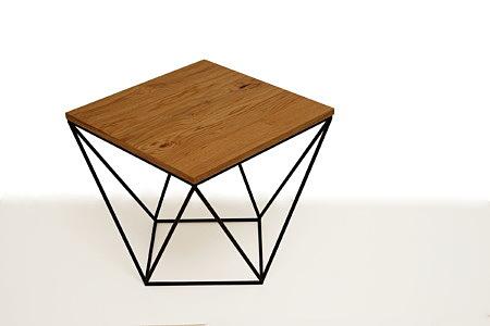 LB11 ława kwadratowa na metalowej konstrukcji styl industrialny