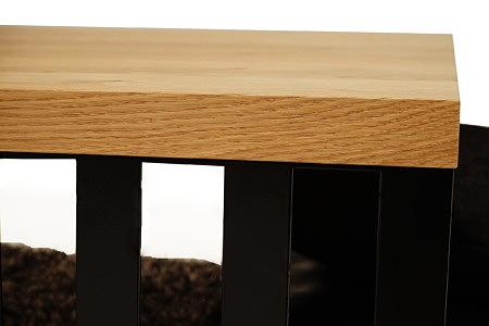 LB12 detal wykonania blatu ławy metalowej z blatem dębowym