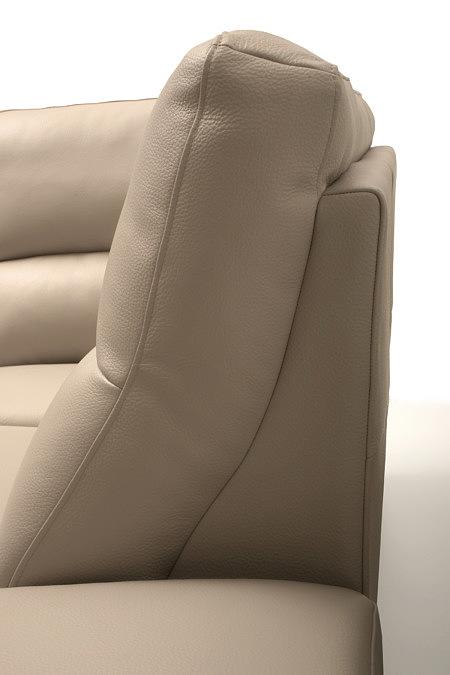 Livio oparcie sofy detal wykonania oparcia tapicerowanego kremową skórą naturalną