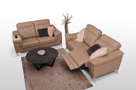 Modne kanapy sofy do ładnego pokoju salonu z funkcją elektycznego relaxu rozkładania