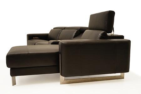 Saphire brązowa sofa skórzana z szezlongiem otomaną