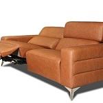 sofa na metalowych niklowanych nogach