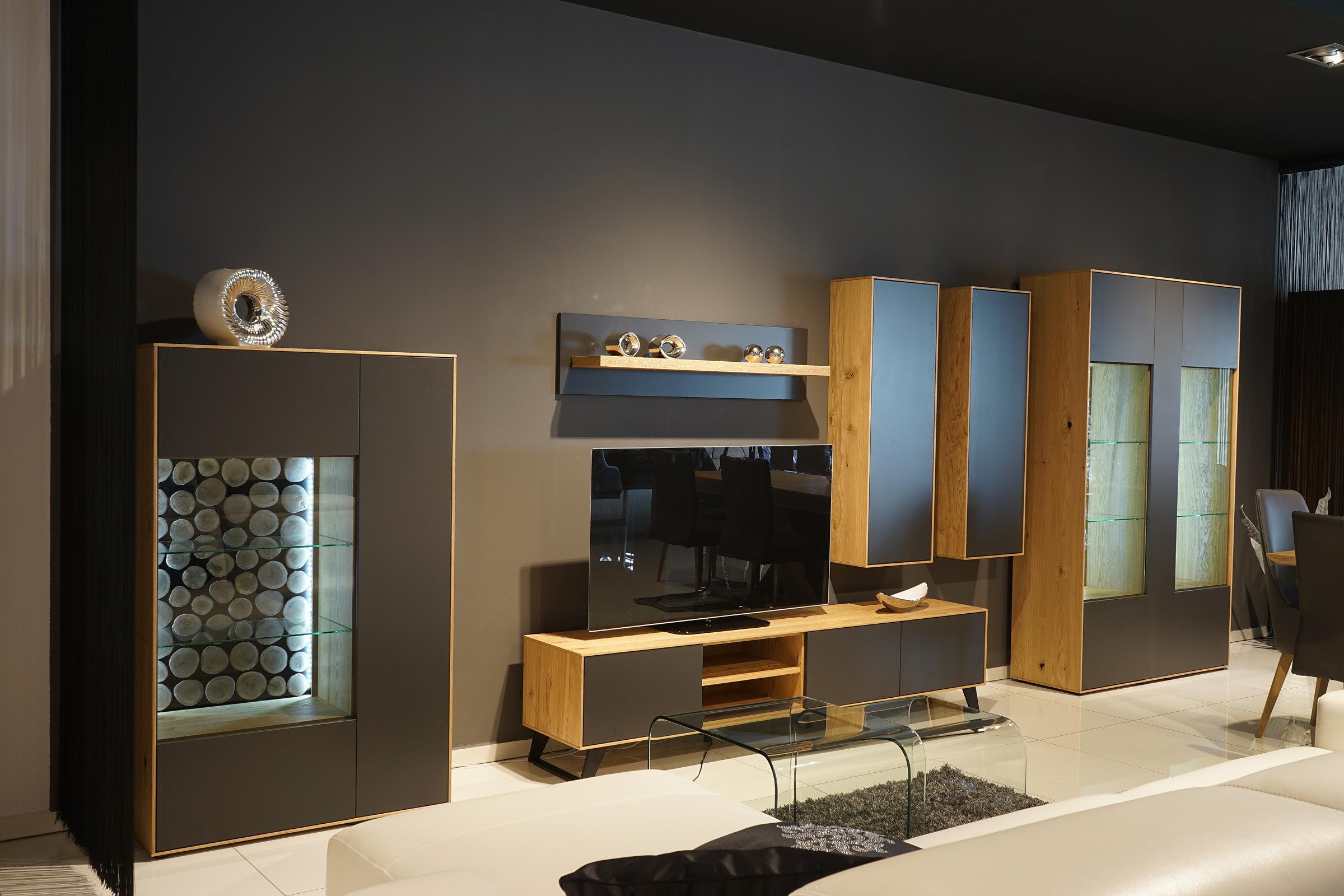 Sydney - kolekcja mebli, salon i pokój dzienny, aranżacja kompletu nowoczesnych mebli bez uchwytów