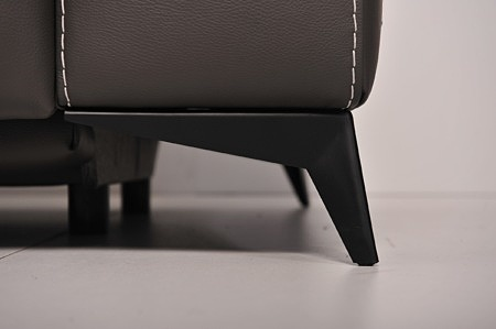 Czarna metalowa satynowana noga do kanapy