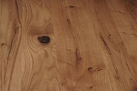 Drewniany blat z sękami1