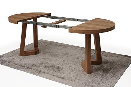 drewniany okrągły stół
