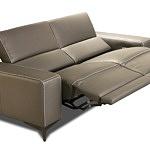 Kanapa ze skóry z funkcją relax elektryczny - siedziska rozłożone w pozycji półleżącej