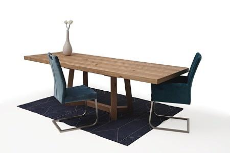 Masywny drewniany stół rozciągany05