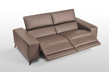 Sofa skórzana premium z relaksem elektrycznym, skóra w kolorze brązowym, grube boki, przeszycie grubą nicią, kanapa z funkcją relaxu elektrycznego