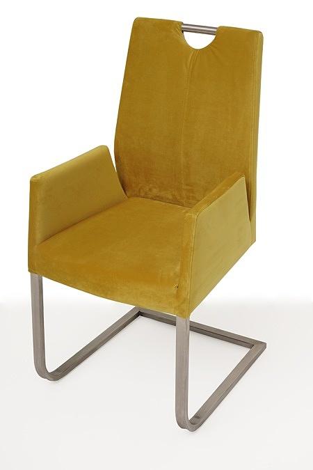 nowoczesne krzesło tapicerowane na metalowych płozach z podłokietnikami 1