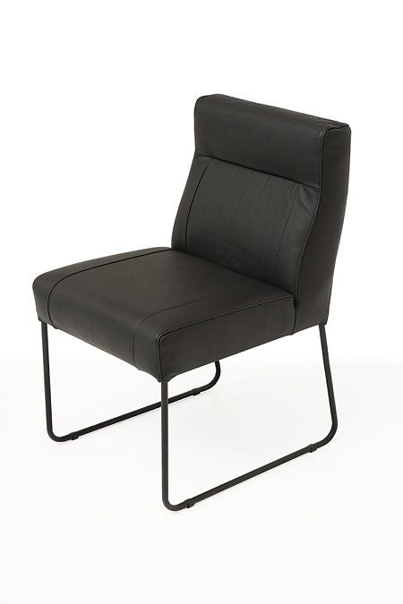 Nowoczesne wygodne krzesło tapicerowane na metalowych płozach 03