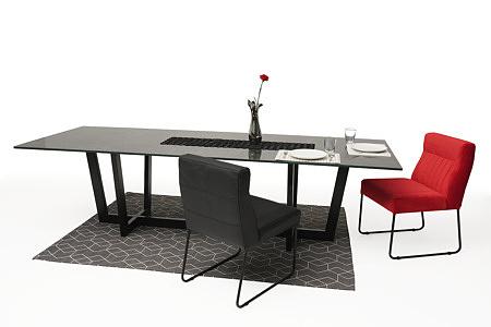 Nowoczesne wygodne krzesło tapicerowane na metalowych płozach