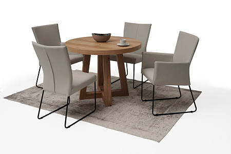 okrągły drewniany stół roskładany