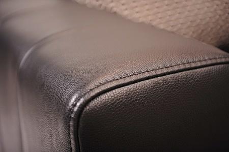 Podłokietnik boczek piękny nowoczesny meble do salonu przeszyty elegancki czarna gruba miękka skóra 1