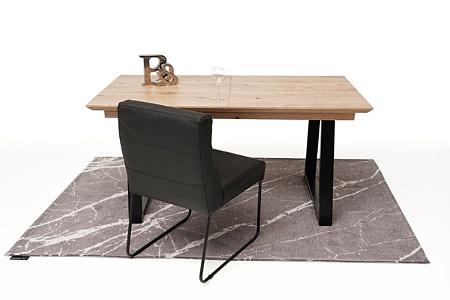 Roskładany stół z metalowymi nogami z drewnianym blatem1