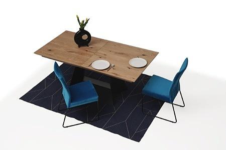 rozciągany stół z drewnianym blatem z metalowymi nogami2