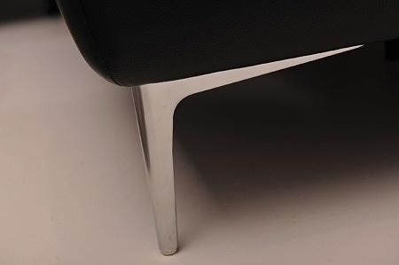 Satynowa nóżka polerowana kompletu domino elegancki designerski nowoczesny komplet wygodny