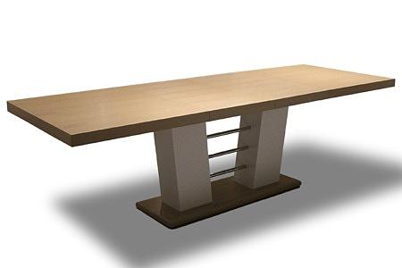 stół rozciągnięty