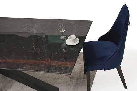 stół ze spieku na dużej metalowej nodze 6