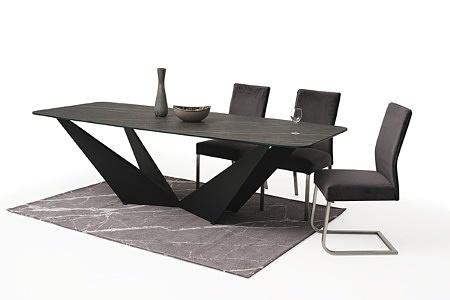 Stół ze spieku z nowoczesną czarną nogą 3