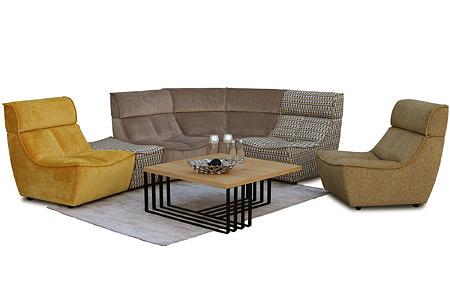 Viva - przykładowa aranżacja narożnika modułowego w nowoczesnym salonie z ławą na metalowych nogach