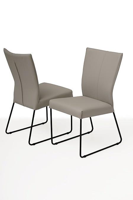 tapicerowane krzesło z metalowymi płozami 05