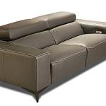 Brązowa sofa ze skóry naturalnej, luksusowa, wygodne miękkie siedziska z pianki wysokoelastycznej, grube boki, funkcja relax, regulowane zagłówki