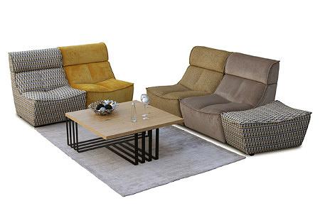 Viva - modułowy wypoczynek przyszłości, dwie sofy skomponowane z wielokolorowych foteli
