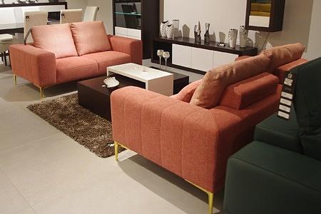 dwie sofy
