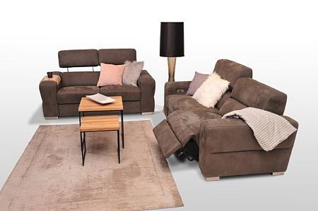 Ładne sofy z podnoszonymi zagłówkami - sofy brązowe tapicerowane tkaniną welurową, podnoszone zagłówki, relaks elektryczny