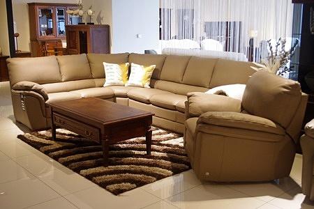 Skórzany komplet wypoczynkowy - narożnik + fotel z relaxem, brązowa skóra naturalna