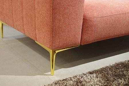 sofa noga kolru złotego