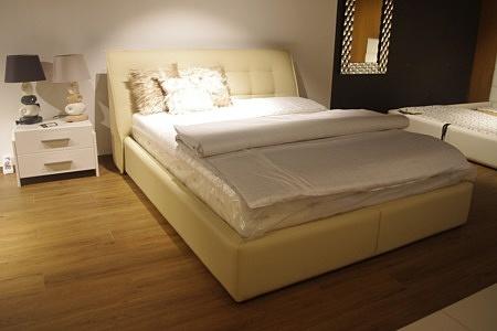 lozko do sypialni ze skrzynią ładne