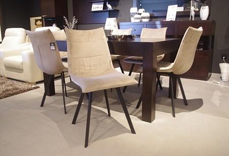 Krzesła do salonu zestaw