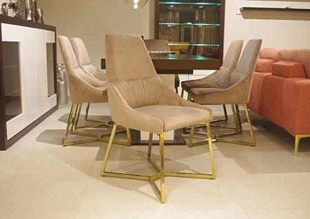 Krzesło beżowe złote nogi eleganckie