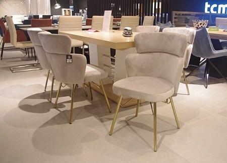 krzesło złote nogi C6 beżowy aksamit