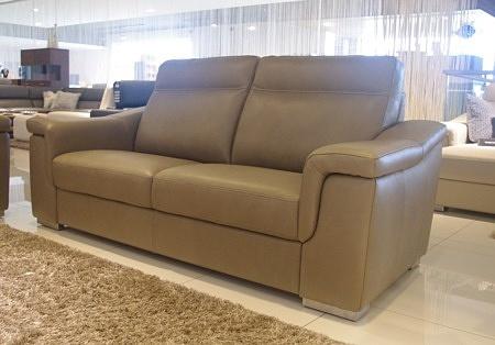 ładna sofa 3-os miękka i wygodna