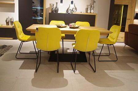 ładne krzesła do salonu od ręki