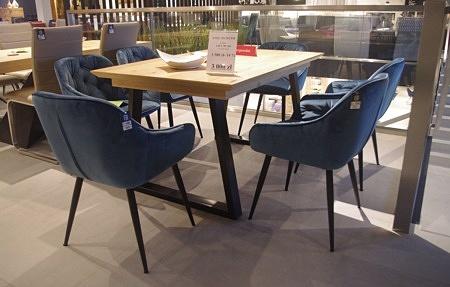 Nowoczesne krzesła do salonu granatowe pikowane stylowe